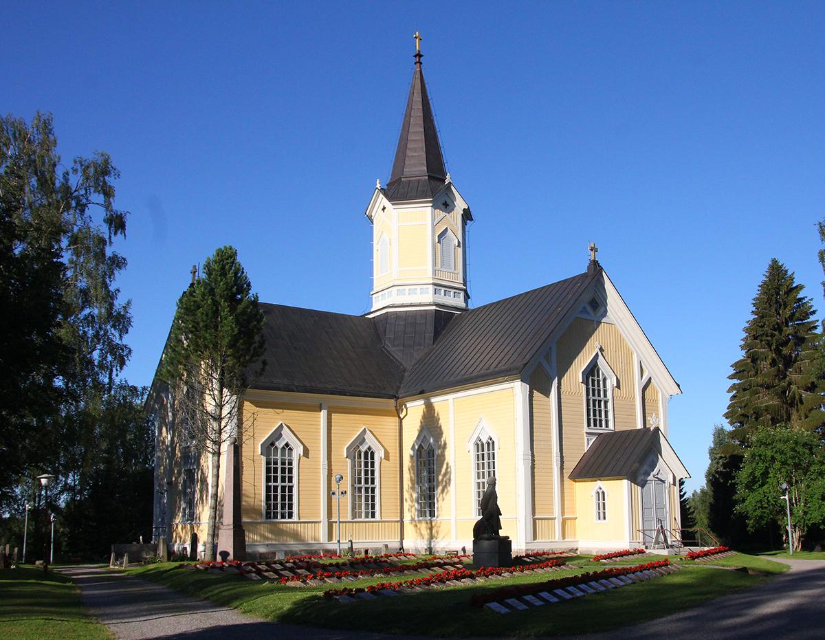 Jumalanpalvelukset järjestetään myös Haapajärven ja Reisjärven kirkoissa.